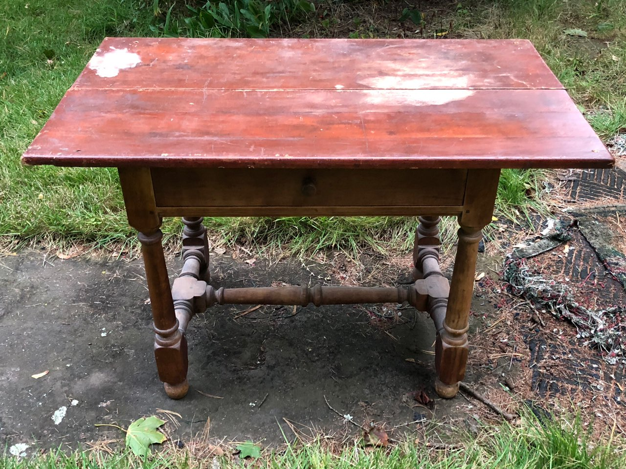 Wallace Nutting table